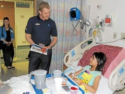 Charlie Kimball makes new fans at Miller Children's Hospital