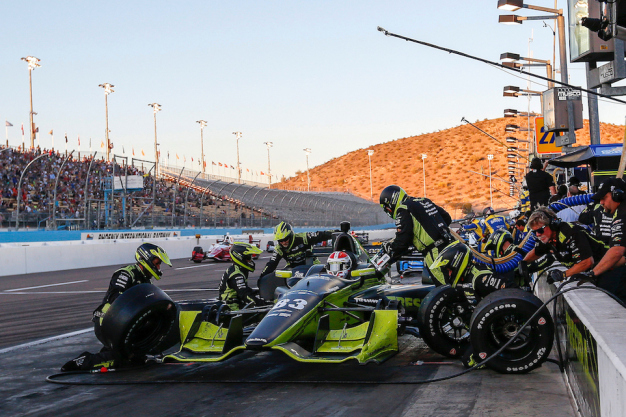 "Phoenix Raceway hosts second annual ""Prix View"" IndyCar testing session"